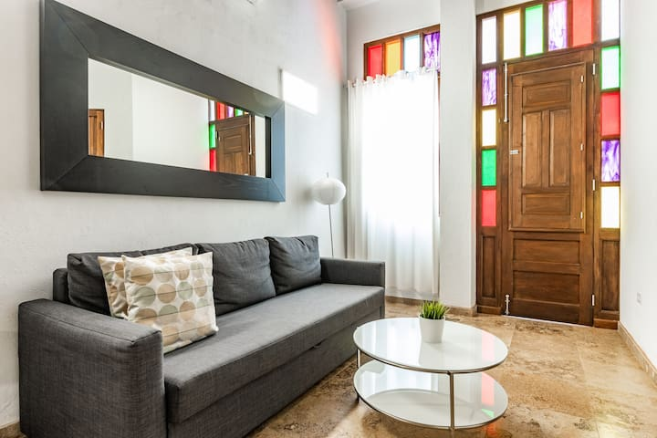 Modern Loft in the Heart of Old San Juan (1B)