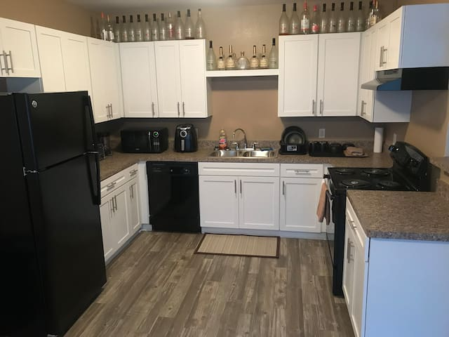 ‼️Spacious Flat by the Westheimer /Galleria area‼️