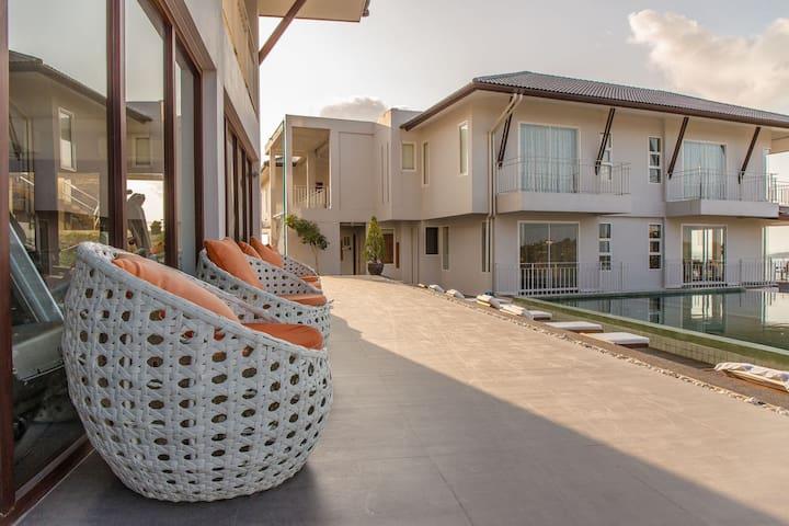 The Bay Panoramic Studio, Balcony, Pool & Gym. - Ko Samui - Lägenhet
