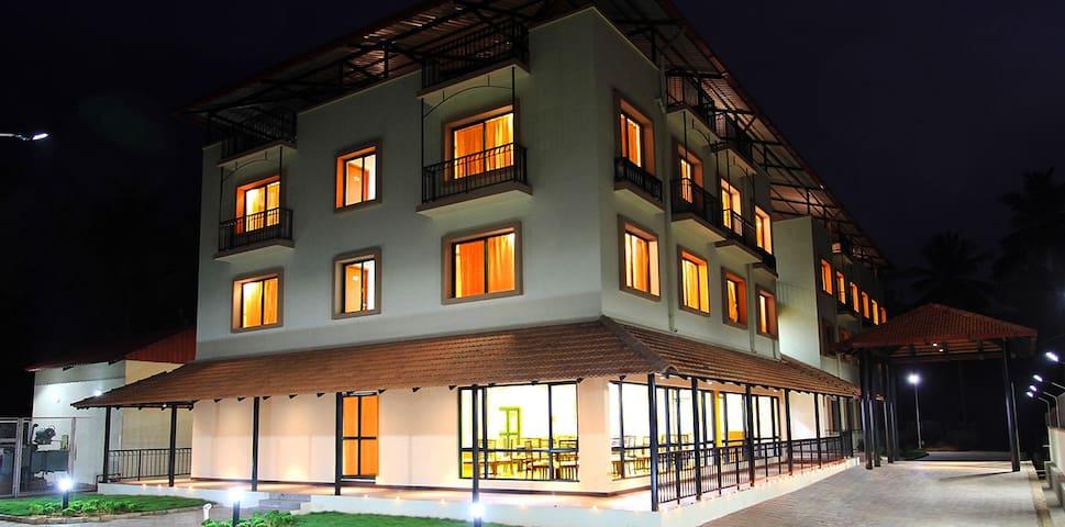 Hotel Dwara, Kukke Subrahmanya