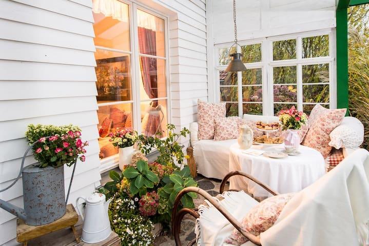 """Garten-Cottage """"Igelnest"""""""