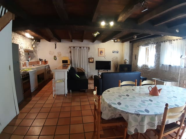 Gite 4 · 3 bedroom cottage with pool and garden.