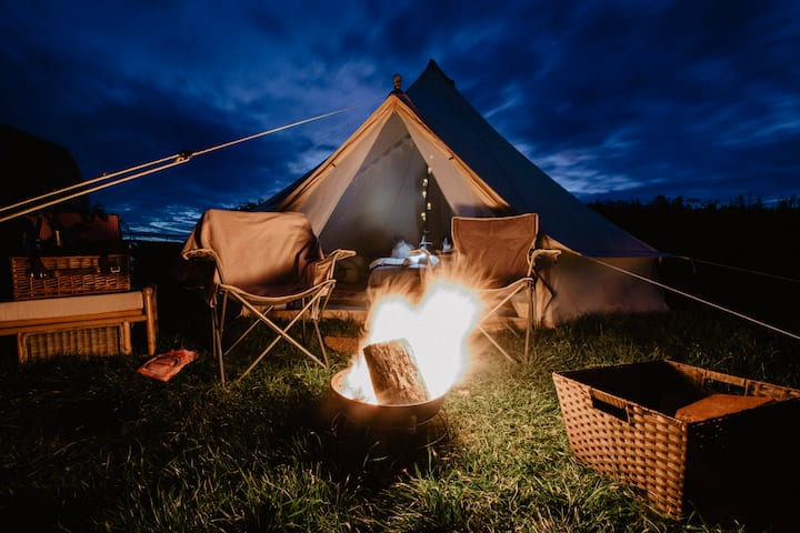 Bell Tent - Electric Pitch, Georgeham. SA