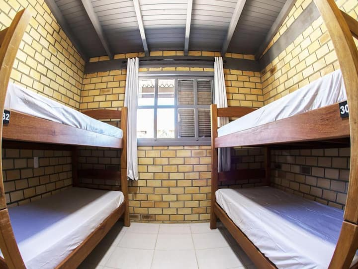 Innbox 4-Bed Shared Mixed Dorm