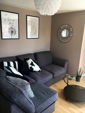 Modern 2 Bed apartment in Sutton Coldfield
