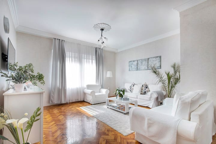 Luxury boutique style flat in the heart of City