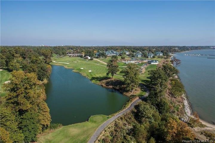 Kingsmill 2bd2ba Condo on Golf Course 9th Fairway!