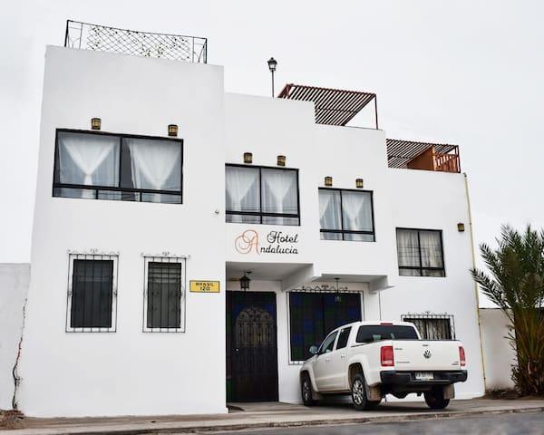 Hotel Andalucia- Habitación confortable