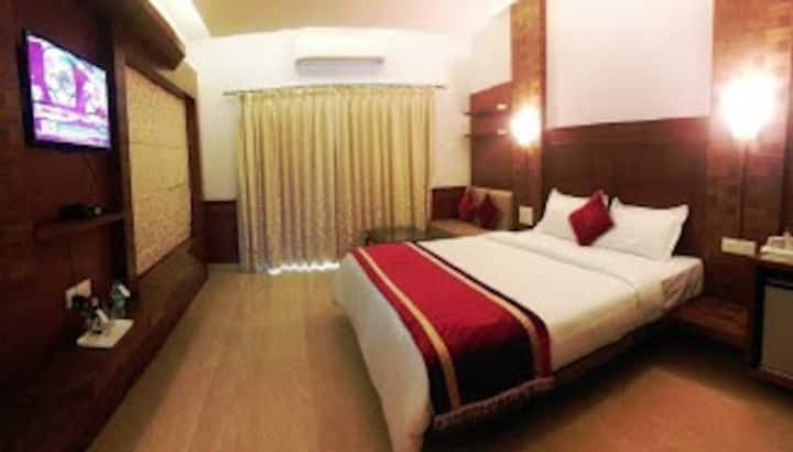 King Queen Room With Pool Near Baga Beach SSBH