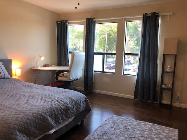 Spacious Bright Two-Story Suite w/ A/C
