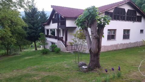 Agoya Köy Evi