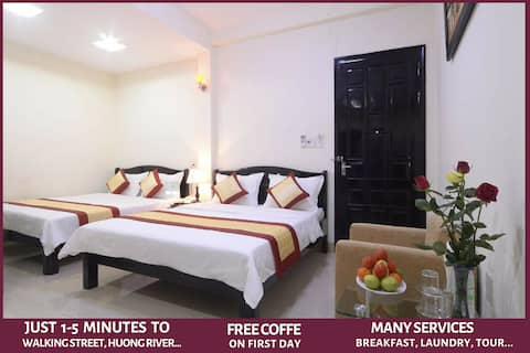 Canary Hotel - Luxury room in the Hue city center
