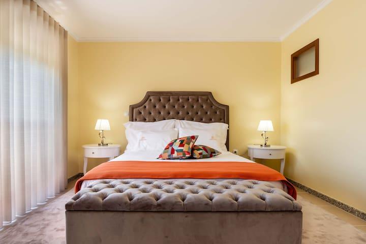 Pinheiro Cardoso House - Room 3