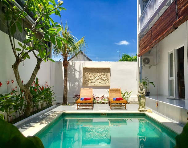 Great place to stay in Ubud area - breakfast, pool