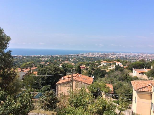 Bilocale terrazza vista panoramica sul mare - リヴォルノ - アパート