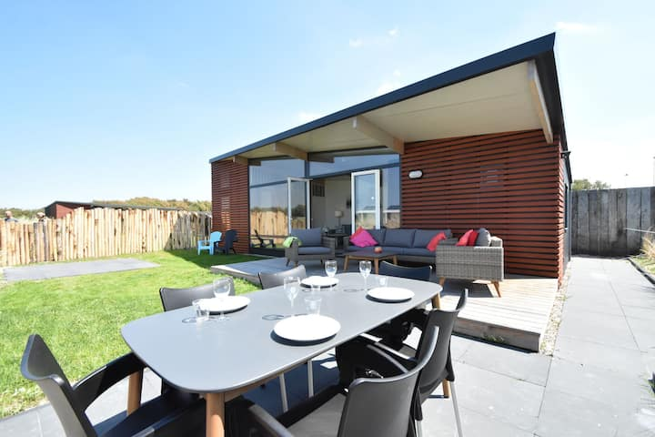 Lovely Holiday Home in Callantsoog near Forest