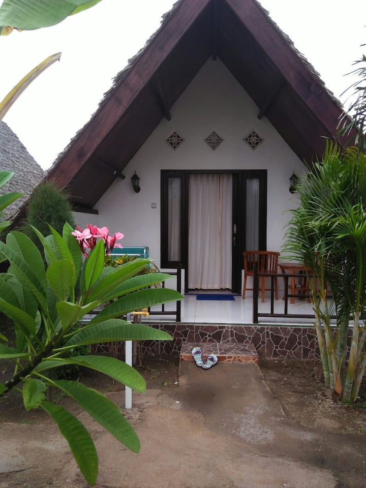 Cossy bungalo the flower cottage