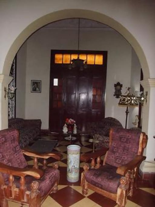 Exquisite colonial decorations  will make your imagination  travel to the past.