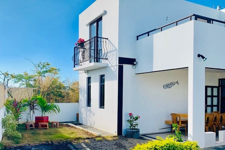 Luxury Villa Parizz- A Home away from Home