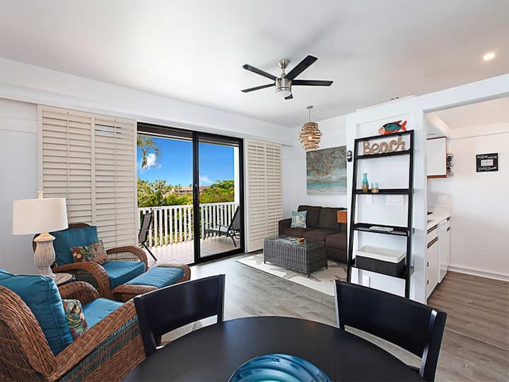 Poipu Style! Enjoy WiFi, Flat Screen, DVD, Kitchen, Lanai+Ceiling Fans–Kiahuna 2327