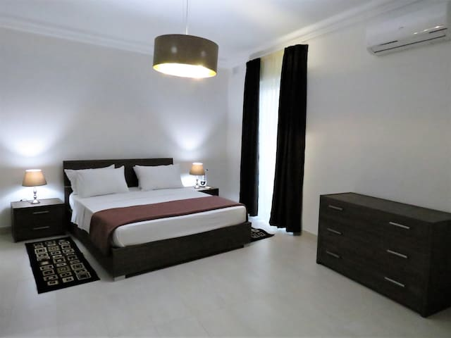 Main bedroom, air-conditioned and with ensuite