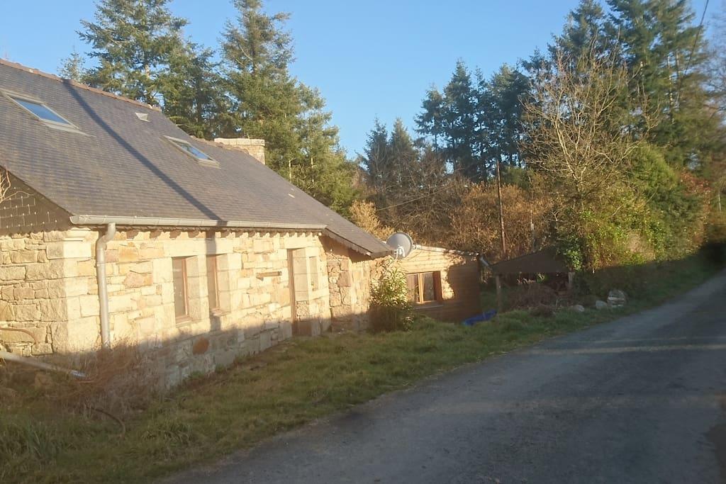 maison en pierre lumineuse