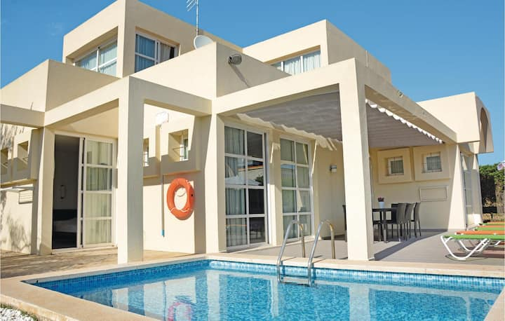 Amazing home in Can Picafort with WiFi and 4 Bedrooms