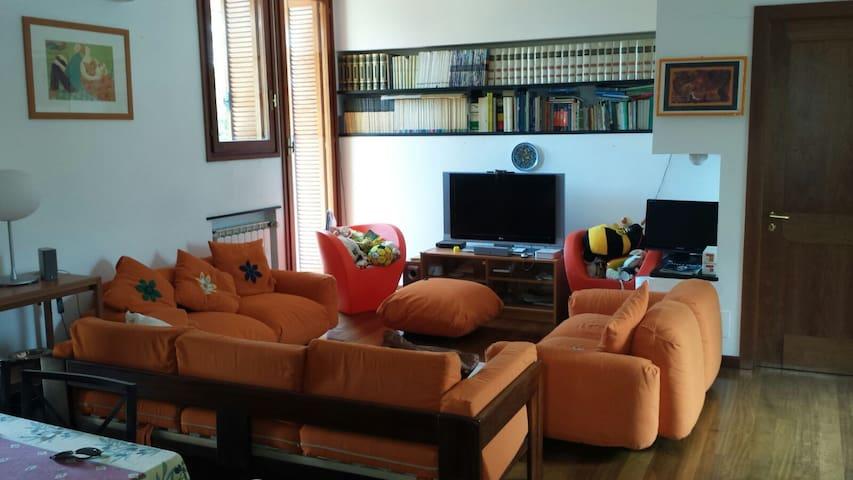 Bellissimo appartamento luminoso villa in pineta - Arenzano - Appartement