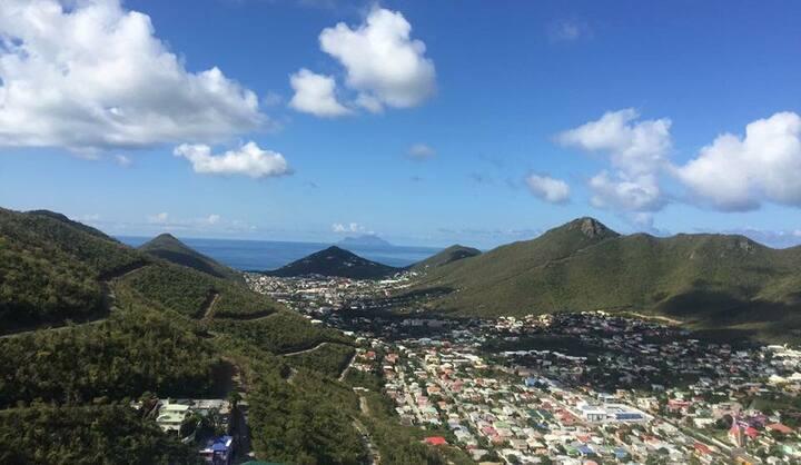 Caribbean Island Apartment - St.Maarten
