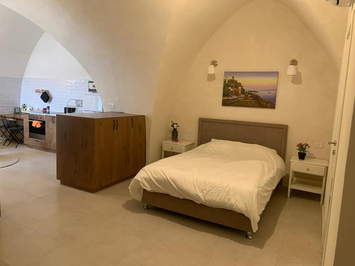 Jaffa/Tel aviv,WOW apt 80 M from beach/flee market