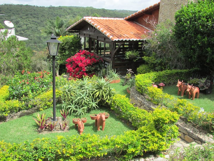 Linda Casa de Campo em Gravatá - Condomínio Luxo