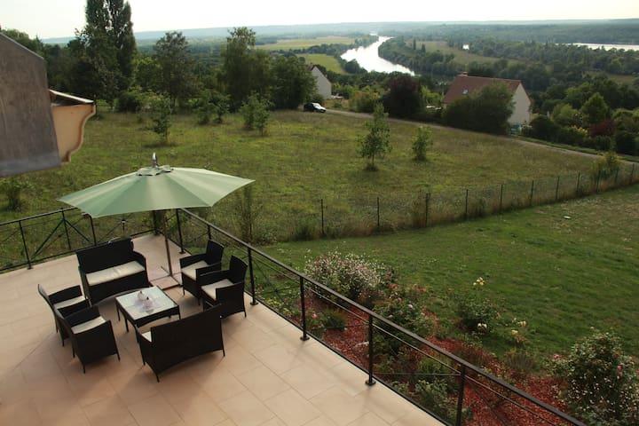 Villa DIANEVANE ANNE-ESTELLE - Saint-Martin-la-Garenne - Haus