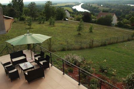 Villa DIANEVANE ANNE-ESTELLE - Saint-Martin-la-Garenne - 단독주택