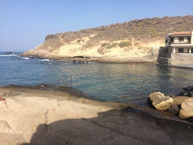 TENERIFE SUR: LA CALETA DE ADEJE - La Caleta
