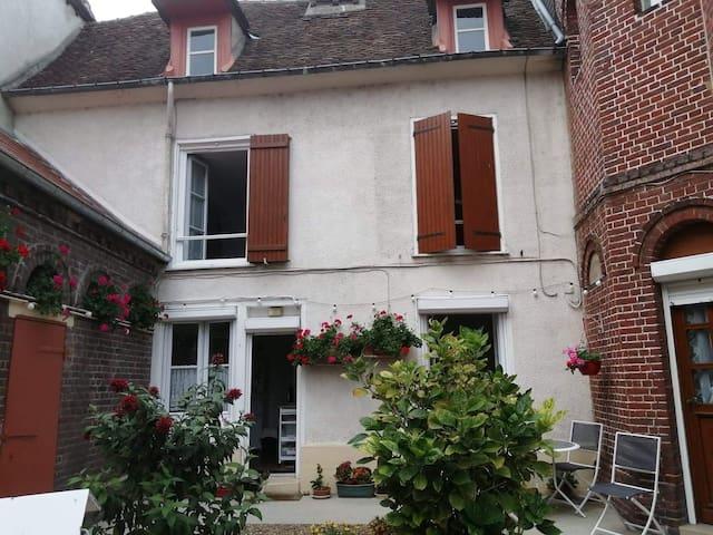 """Maison avec jardin  """"Chambre nature"""""""