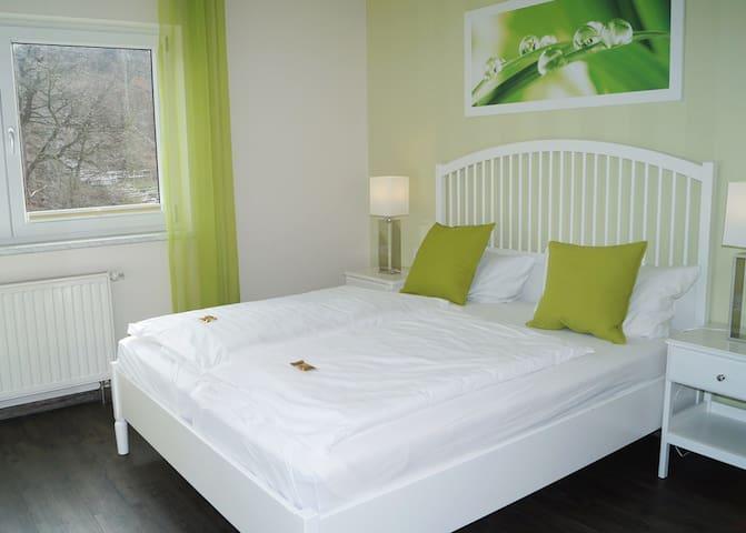 Doppelzimmer mit WLan, Frühstück und Ausblick