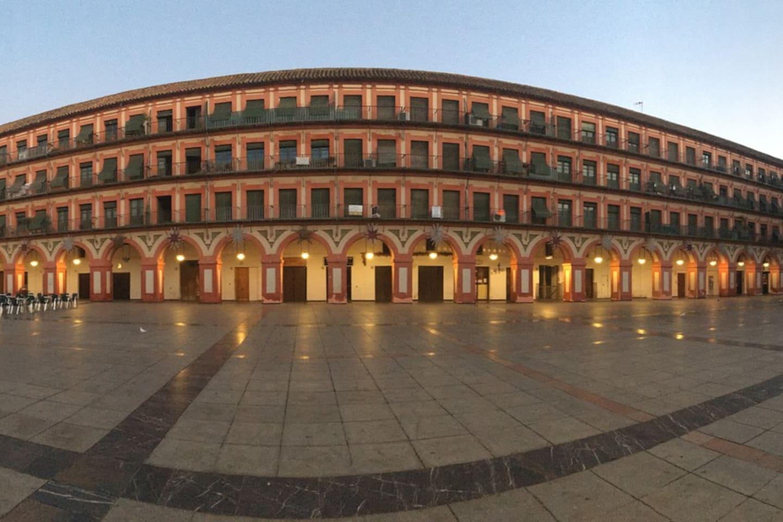 La Plaza al amanecer(foto realizada por Ondra)