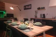 Vaisselle harmonieuse, sets de table disponible, verre à vin, à eau, flûtes à Champagne...