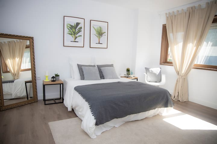 Charming renovated bed & breakfast in the center