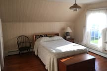 Acadia Room ( Bedroom 1) with a Double Bed