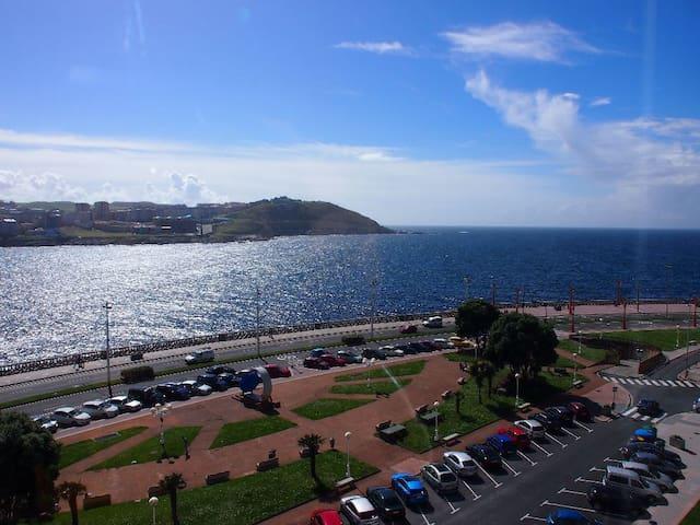 Paseo Marítimo, 1ª Fila de Mar.