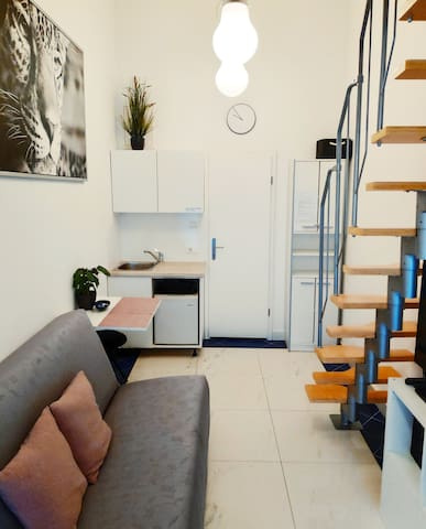 8 Lovely and cosy place in the city centre