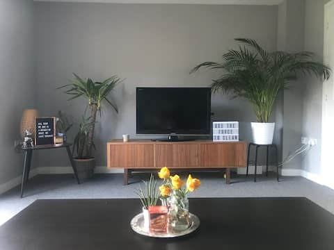 Modern | Bright | Garden | Hammock | Double Bed