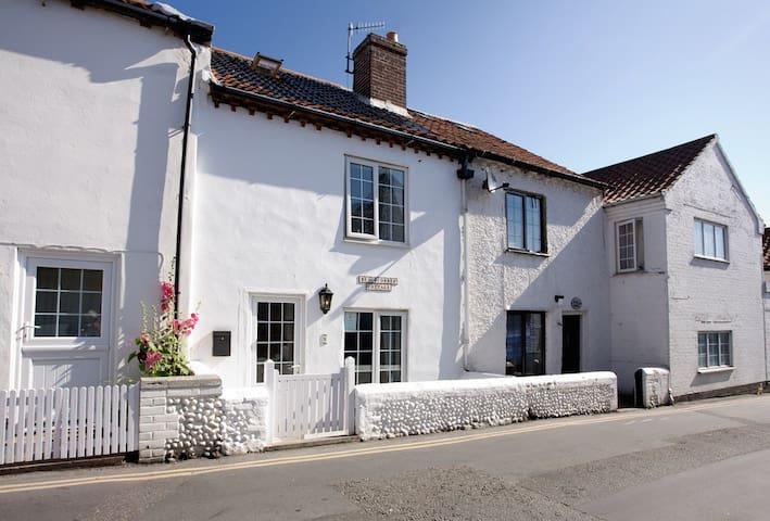 Beachcomber Cottage