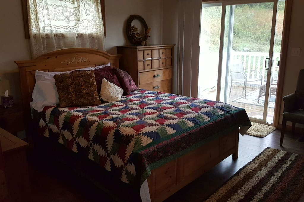 Country apartment guest suites for rent in morgantown west virginia united states for One bedroom pet friendly apartments morgantown wv