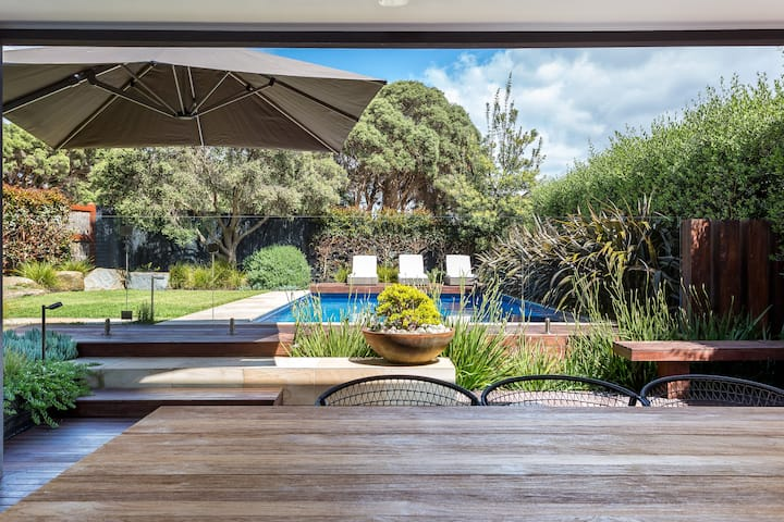 Blairgowrie, Canterbury Jetty Luxury Pool