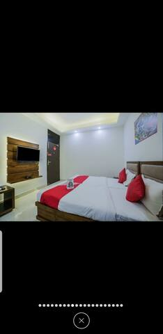 Fully furnished hotel room in Palam Vihar