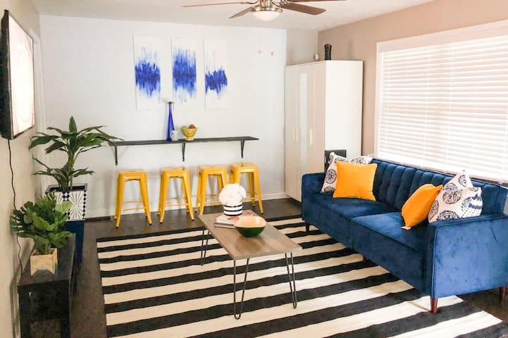Newly Renovated Jewel of a Bungalow Downtown ATL