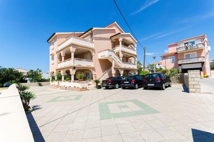 Studio apartment Mario SA1 (2) Novalja, Island Pag