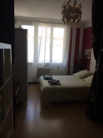 Chambre , lit 2 places